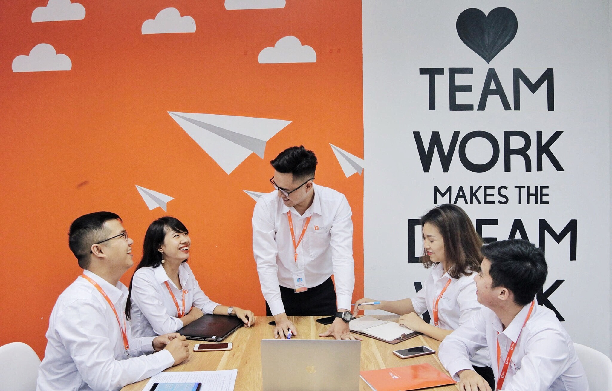 Kết nối tổ chức và nhân viên trong doanh nghiệp