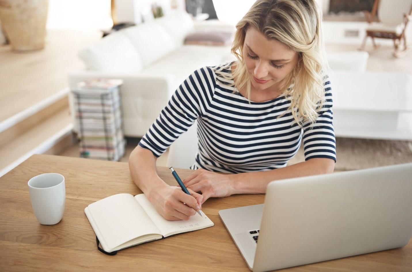 Hiện tại, mức lương của vị trí Content Writer dao động từ 7 - 10 triệu đồng