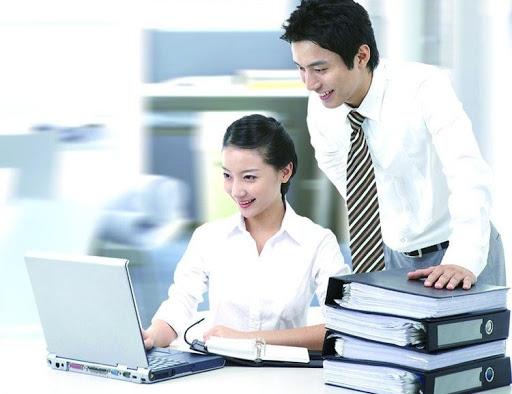 Trưởng phòng nhân sự là cầu nối giữa Ban Giám đốc và nhân viên