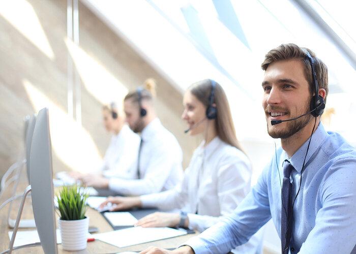 Người quản lý nên tham khảo mức lương phổ biến cho vị trí Chăm sóc khách hàng khi tuyển dụng