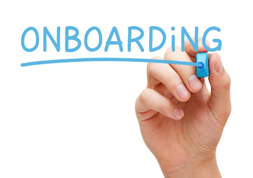 Onboarding là gì? Bí kíp để 85% nhân viên mới chiến đấu hết mình vì công ty!