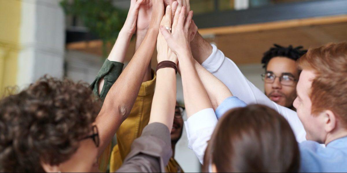 """5 sai lầm làm việc nhóm cần tránh để dự án không """"chệch ray"""""""