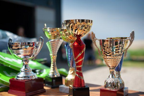 Khen thưởng giúp nhân viên cảm thấy được trân trọng, đánh giá cao
