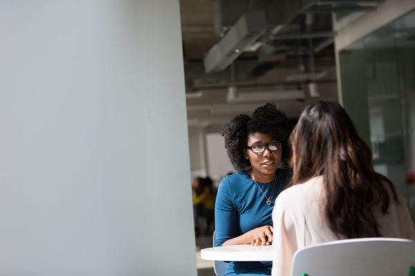 Lắng nghe, thấu hiểu luôn là mắt xích tốt đẹp kết nối nhân viên và cấp trên