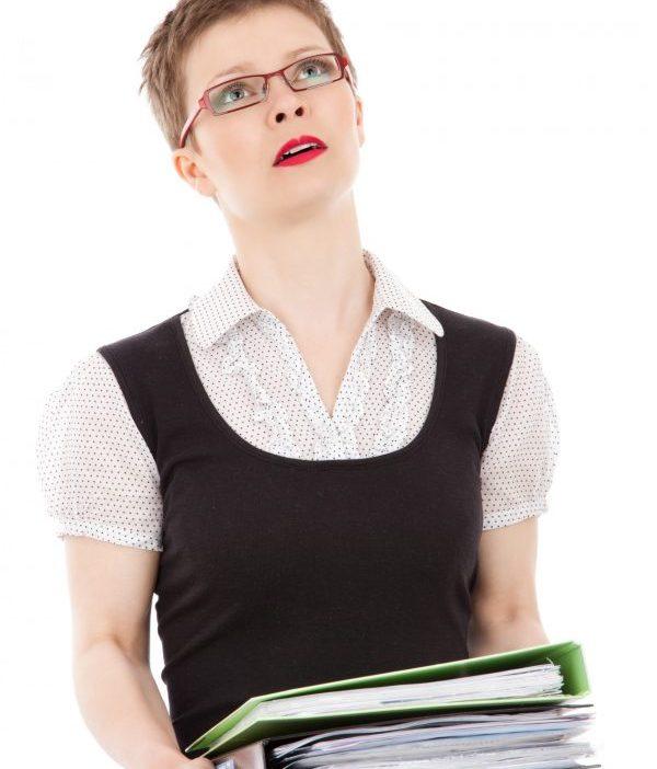 Stress lâu dài khiến nhân sự trì hoãn công việc ảnh hưởng dự án