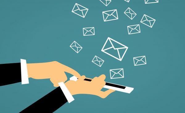 Sử dụng các ứng dụng trực tuyến chỉ hỗ trợ lưu trữ cơ bản việc quản trị