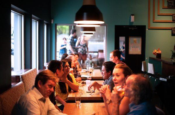 Chuyển đổi số ngành nhà hàng khách sạn sẽ làm hài lòng cả nhân viên và khách hàng