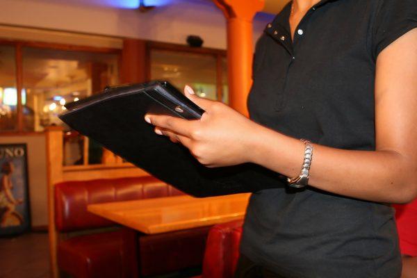 Nhiều nhà hàng khách sạn coi nhẹ việc số hóa doanh nghiệp