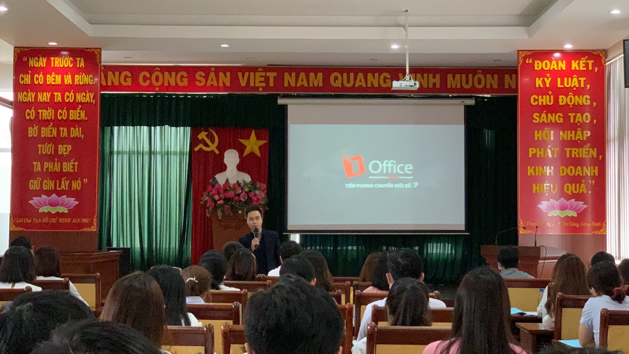 1Office tham dự Hội thảo tại Công ty Cổ phần ICD Tân cảng