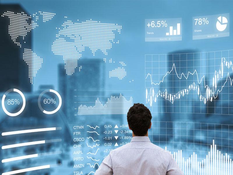 Quản lý ngân hàng thương mại là đầu mối của các giao dịch, thanh toán ..  thúc đẩy kinh tế phát triển